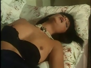 Elegant Italian Lady (Innerworld)