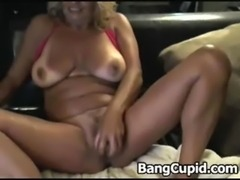 Busty MILF dildoing her horny pussy free