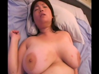 Some of the most massive natural amateur tits in Japan!