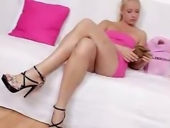 Big ass blondie Lilith Lee nylon pantyhose sex