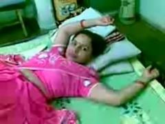 kamala aunty fuked by nebiour free