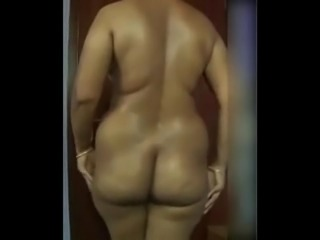 Huge ass tamil aunt being naughty at home