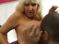 Tia Gunn - Wanna Cum Inside Your Mom