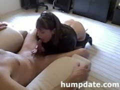 Sexy MILF gives nice blowjob and handjob free