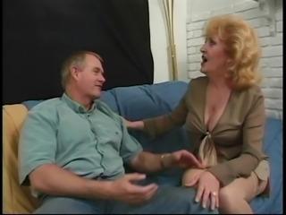 Анальный секс волосатых теток 4