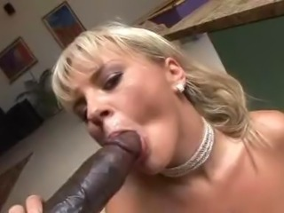 Bree takes the Lee's bigblack cock