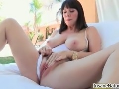 Busty brunette babe gets horny rubbing
