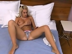 Extreme czech blondie pussy gaping
