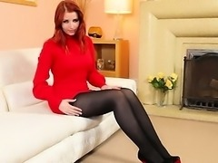 Redhead in nylons fingering in red shoes