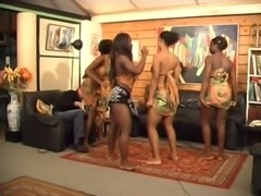 Africanal.Dancing free