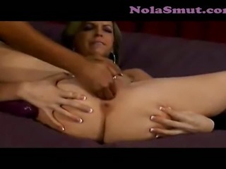Courtney Cummz and Jemini fuck and eat pussy