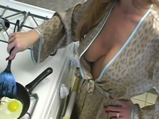 Sexy mature amateur housewife cuckold love