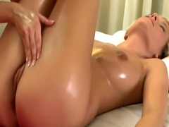 Massage for model gets the finger from her masseuse HD