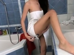 Paula undress snatch in the bath tube