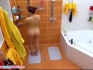 Here Is Amazing Video Amateur Spying on a hot babe