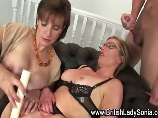 Watch stockinged babe get facial during threeway with Lady Sonia