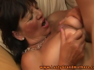 Mature granny pussylicked and fucked and cant get enough