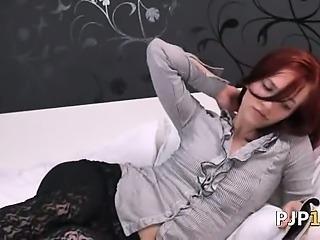 Czech pornstar Leila gaping gyno hole