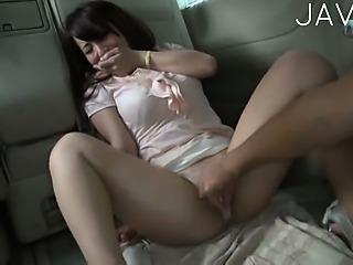 AKA002