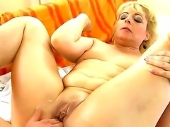 Sexy blonde babe knows her way round the dick as she gives it mind blowing...