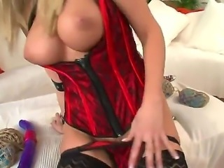 This shoot featuring Cindy Dollar and Rocco Siffredi was a banging success, word. Being such a naughty anal sex junkie, Cindy definitely had something to offer to Rocco!