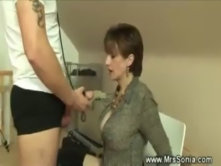 Dominatrix sucks her slaves cock off free