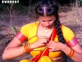 Hot Romance, Sexy, Seductive,Scintillating Scene of Richa Sharma Sekhar Suman...