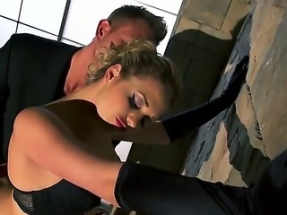 Luxury whore Mia Malkova was invited by wife to surprise her husband Bill Bailey