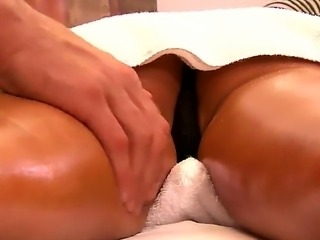 Sweet angel Jessica Jaymes got her sappy body oiled and treated well by a horny masseur Mick Blue