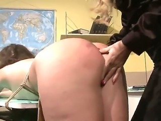 Hot ass bimbo Hadjara gets her holes fingered with ehr sexy blonde teacher Gold as she screams