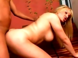 Hardcore tranny fuck with a gorgeous shemale whose name is Duda Dihl