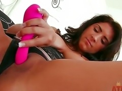 Dark haired and tanned girl Evi Fox with natural boobs and perfectly shaved...
