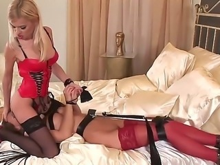 Sexy femdom bitch Jasmine Rouge adores total control over her lesbian slave Cindy!