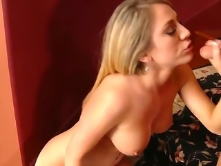 Precious young blonde girl Amber Ashlee skillfully sucking her boyfriend...