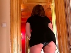 Arousing milf LaTaya Roxx gets nasty and willing to smash that fine cunt in...