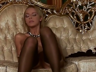 Dorothy Green is a sweet blonde with big natural boobs and she presents amazing pussy caressing