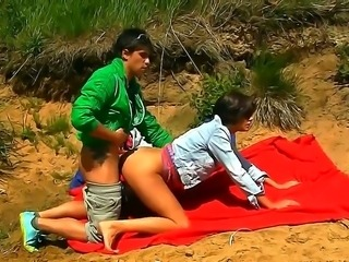 Hot russian chicks banging outdoors in