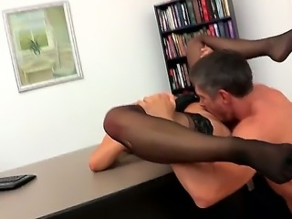 Mick Blue is eager to deep fuck this hot blonde Dayna Vendetta and her shaved pussy