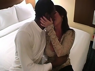 Super sexy mature amateur cougar housewife interracial cuckold kissing and lovemaking