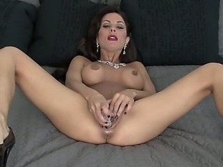 Sexy red lipstick and gorgeous body shapes girl Kirsten Price is basking some nice self fucking with a dildo until her twat is ultimately drained with fresh juice.