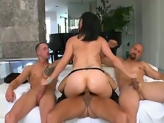 Great hardcore action. staring Bobbi Starr,Chris Strokes,Eric Swiss and Voodoo. one babe, 3 guys. she is loving it. at one point she has one cock in her mouth, one, deep in her dripping wet pussy, and one in her hand. A great gang bang.