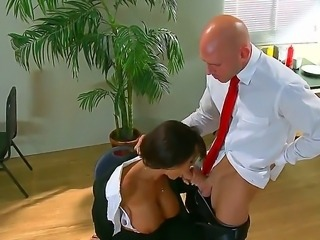 Buxom secretary Lisa Ann can make everything for her boss Johnny Sins, especially for his huge dick