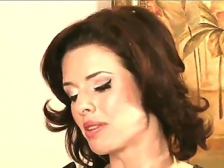 Horny and mature Veronica Avluv is