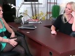 Cici Sweet just came for interview, but hot blonde - Molly Cavalli want to...