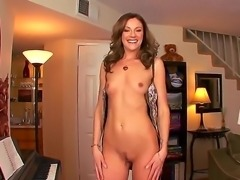 Samantha Ryan spreads her legs, opens wide her pussy calling a dick to fuck her