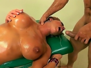 Ramon is doing an amazing relaxing massage to his wonderful sexy babe Nikki...