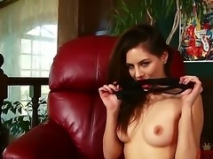 Shyla Jennings gets out of her sexy lingerie and masturbates with her amazing...
