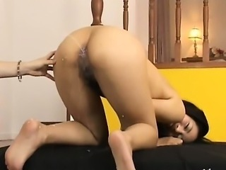 Playing with her chinese anus hole