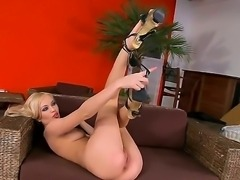 Blonde Logan is a pole dancer in the local strip club. She has beautiful long...