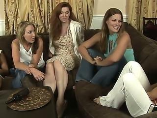 Mature lesbians Mia Presley and Randi